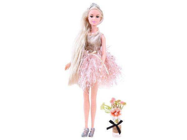 Lėlė Emily su gėlėmis