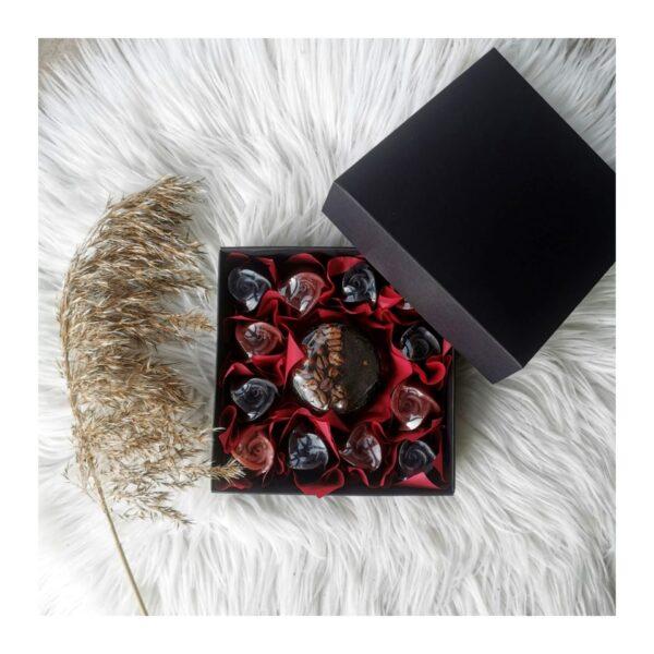 Dovanų dėžutė kavos muilas ir muilo rožės